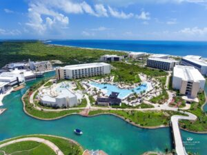 How far is grand Palladium From Cancun Airport