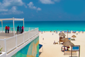 How to get to Playa Delfines