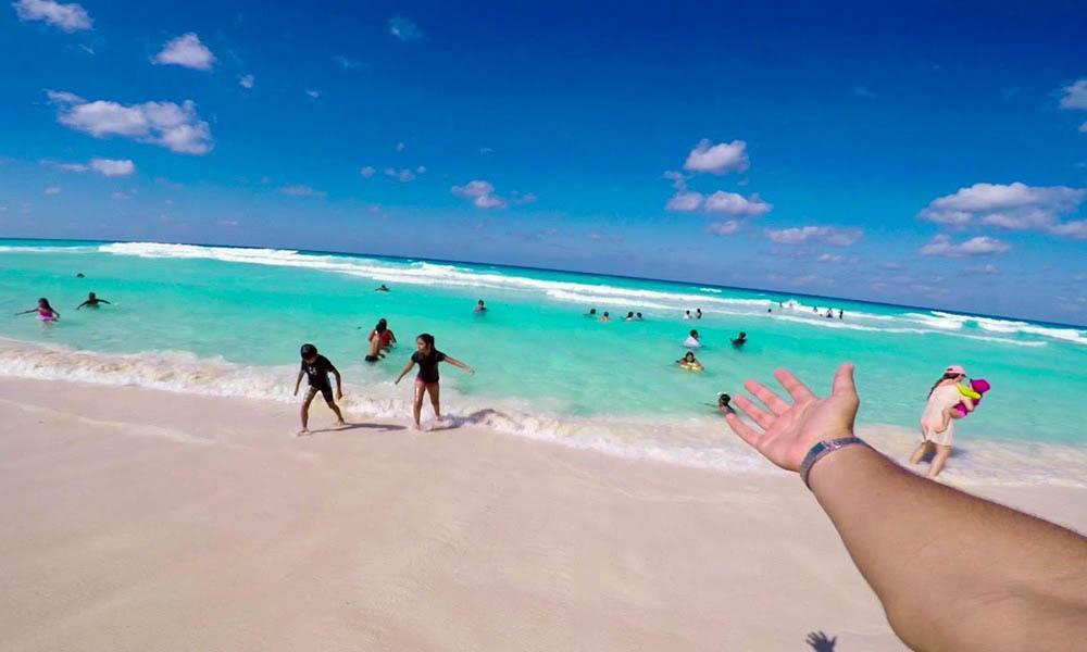 beaches cancun