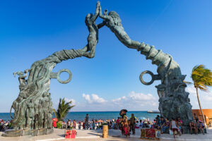 how to get from cancun to playa del carmen