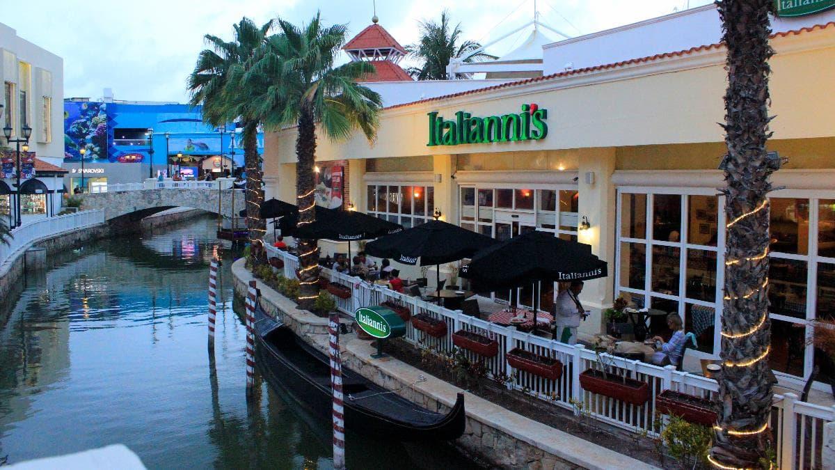 plaza la isla cancun - things to do in Cancun,
