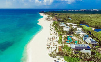 How far is the Riviera Maya from Cancun