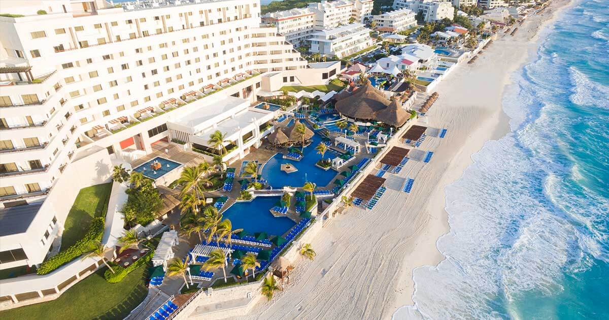 Hotel Solaris Cancun