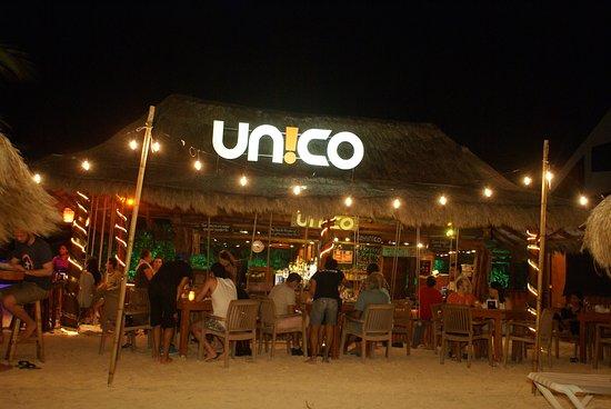 Unico Beach restaurant puerto morelos