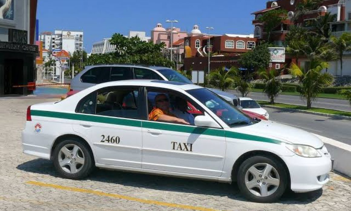 cab hotel aloft to hotel solaris