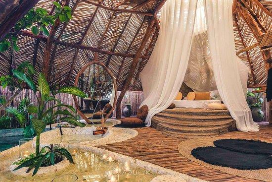 Azuik cancun honeymoon
