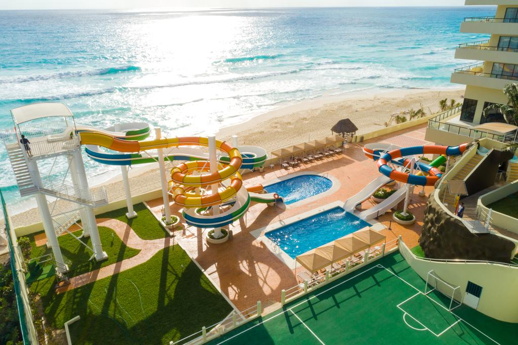 Crown Paradise Club All Inclusive - Cancun Family Hotels