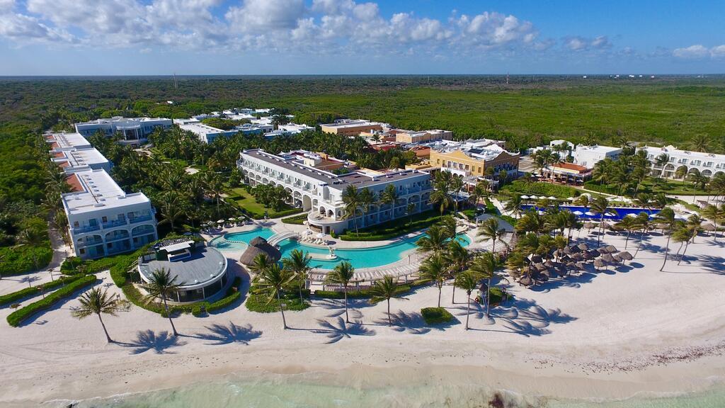 Dreams Tulum Resort & Spa luxury hotel in tulum