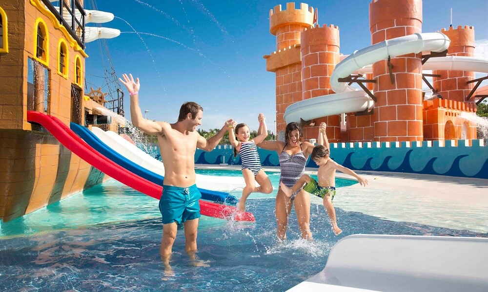 Family hotels in Cancun
