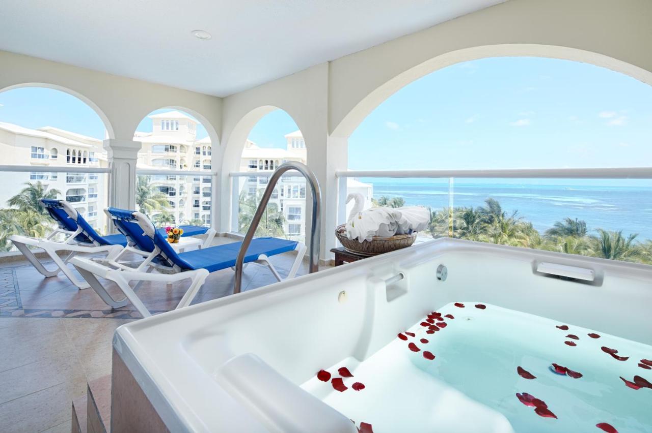 Occidental Costa Cancún – All Inclusive - 4 star hotels in cancun all inclusive