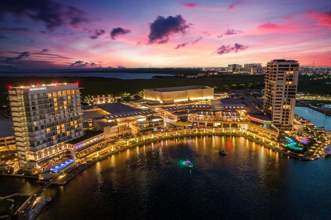 Renaissance Cancun Resort & Marina - Best 5 star hotels in Cancun