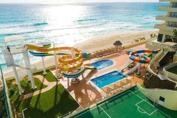 Crown Paradise Club All Inclusive - cancun hotels for kids