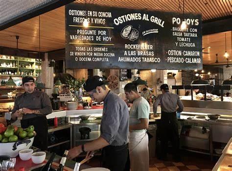 La Docena Oyster Bar