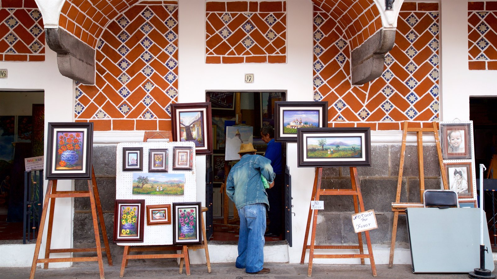 Artist's Quarter - what are the major tourist attractions in mexico