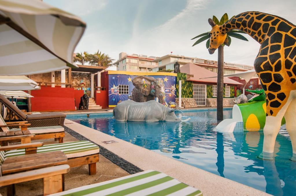 Royal Solaris Cancun - playa delfines