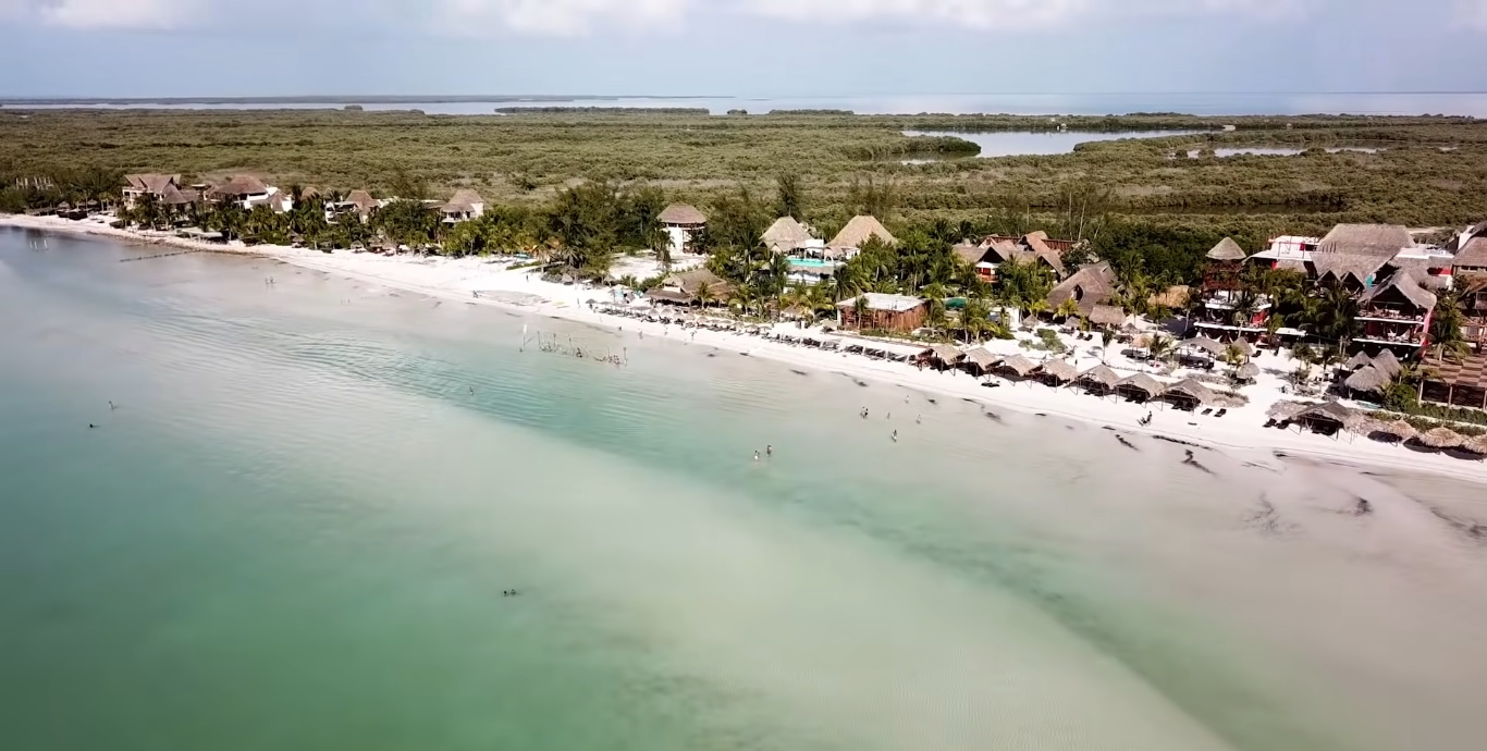 Travel guide to visit Holbox