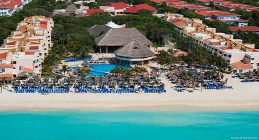 Viva Wyndham Azteca All Inclusive - best non all inclusive hotels in playa del carmen