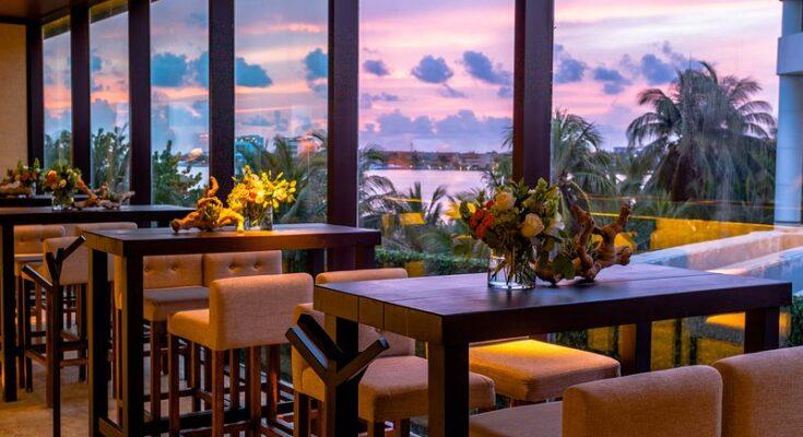 Cenacolo italian restaurant cancun mexico
